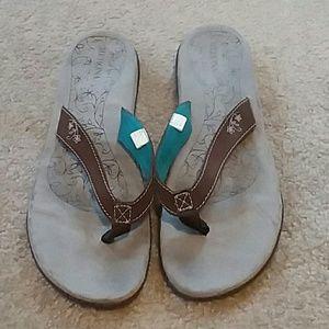 ** 5 for $25 ** Merona sandals